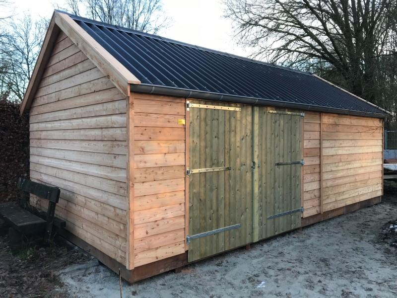 houten garage karel