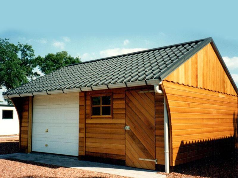 houten-garage-liverpool---front1