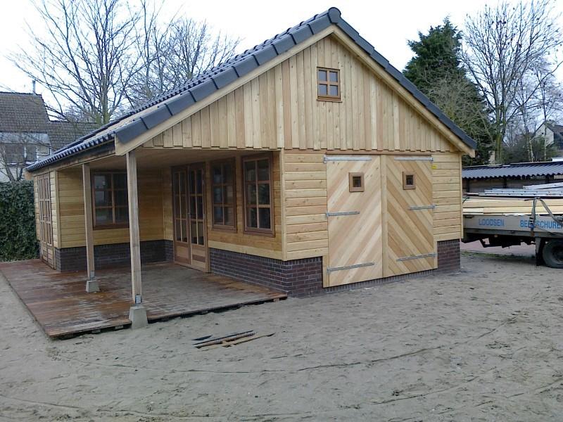 houten tuinhuis uithuizen (1)